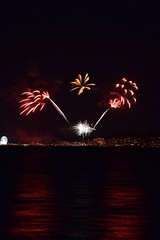 DSC_3379 (mme1998) Tags: fireworks light paintingwithlight cowes cowesweek sailing isleofwight hampshire solent night nikon d3300 dslr 55200mm longexposure sea ocean southampton