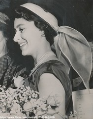 Princess Margaret at fair (romanbenedikhanson) Tags: princessmargaret originalphoto 1955 fair stjamespalace summerdress elegance britishroyalty docklandsettlements