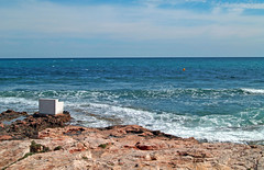 Paseo Martimo Torrevieja (Eu W) Tags: paseo martimo torrevieja carme pinos mar mediterraneo mediterranean sea rocks waves