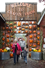 please come again (embem30) Tags: cravenfarm pumpkinpatch halloween evan steve bonnie bruce