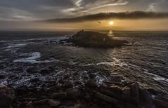Cuando la luz cae (Anpegom fotografa) Tags: alanzada lalanzada sanxenxo pontevedra galicia galiza oceanoatlantico atardecer bruma niebla espaa spain