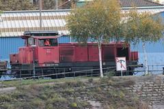SBB Diesellokomotive Bm 4/4 18427 ( Hersteller SLM - SAAS Nr. 4698 - Inbetriebnahme 1968 - Rangierlokomotive Lokomotive ) am Hafen Kleinhningen in Kleinbasel im Kanton Basel Stadt der Schweiz (chrchr_75) Tags: albumzzz201610oktober christoph hurni chriguhurni chrchr75 chriguhurnibluemailch oktober 2016 bahn eisenbahn schweizer bahnen zug train treno albumbahnenderschweiz2016712 albumbahnenderschweiz schweiz suisse switzerland svizzera suissa swiss albumsbbdiesellokomotivebm44 diesellokomotive lokomotive sbb cff ffs bm 44