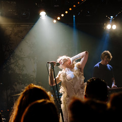 Aurora (KristHelheim) Tags: aurora paris maroquinerie xpro1 fuji fujifilmxpro1 fujinon35mmf2rwr concert live gig music musique singer chanteuse norvegian