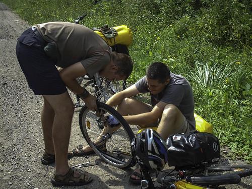 W drodze do Sułkowic i naprawa rowerów