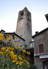 Il Campanone di Città Alta (Adriano_N) Tags: italia bergamo lombardia campanone cittàalta torrecivica