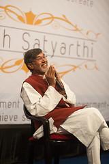 Kailash Satyarthi - Nobel Peace Peace Prize Laureate 2014 at SPJIMR, Mumbai (Two Dragons - @robthomasphoto) Tags: india children child direction vision passion mumbai magicbus empowerment spjimr nobellaureate socialempowerment youthengagement kailashsatyarthi nobelpeaceprize2014 massengagement robcolinthomas robthomasphotography