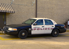 Pineville PD_0584 (pluto665) Tags: car police squad cruiser interceptor copcar p71 fcv cvpi