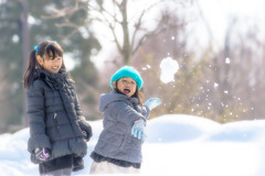Shooting! (mihta2000) Tags: winter snow girl child sister daughter