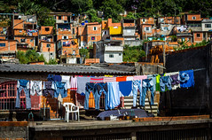 [052/365] O mundo  diferente da ponte pra c (rsmorais94) Tags: brazil canon 365 slums day52 day52365 365the2015edition 3652015 21feb15