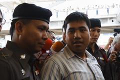 20150214-เลือกตั้งที่ลัก -22 (Sora_Wong69) Tags: people thailand bangkok protest police liberalism activist politic assembly coupdetat nonviolenceaction supportelection