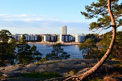 Aurinkolahti suburb from the southeast (Helsinki, 20111126) (RainoL) Tags: november autumn trees sea tree rock finland geotagged helsinki balticsea pines u helsingfors fin urbanlandscape vuosaari uusimaa uutela nyland 2011 201111 20111126 geo:lat=6019964500 geo:lon=2516046800