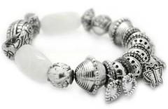 5th Avenue White Bracelet P9409-2