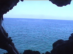 Lava Tube Cave to the Ocean