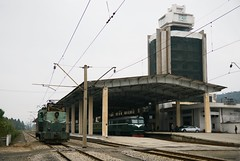 Wonsan station (Frhtau) Tags: dprk north korea korean people leute street scene centre town daily life asia asian east nordkorea passers by passanten architecture gauge line station bahnhof gare propaganda hall building gebude architektur design scenery   choxin  outdoor      corea del norte core du nord coreia do coria    culture wonsan main railway train tren treno ferrocarril eisenbahn stadt gebudekomplex public information