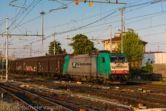483 005 (atropo8) Tags: 483005 rtc railtractioncompany treno train zug merci freight cargo verona veneto italy nikon d810
