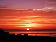 Amanecer (Antonio Chacon) Tags: espaa sunrise mar spain amanecer costadelsol mediterrneo mlaga marbella