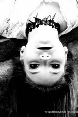 Giovana (Vanderlei Gomes Fotografia :-]) Tags: garota girl menina mulher teen woman modelo model so paulo brasil brazil baidu sex sexo sweet beleza bela female beauty sp branca morena brunet magra sexy seios olhos eyes fotografia photo fotos modelando modelar portair landscape retrato fashion moda colorido color bw parque saia short shirt look olhar smile sorriso loira blonde closer hdr park cemiterio cemitery