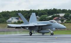 169119 US Navy Boeing FA-18E Super Hornet,Glasgow Prestwick 20/7/16 (BS Images.) Tags: egpk pik prestwick prestwickairport glasgowprestwick airport aircraft us usnavy boeing f18 hornet military ayrshire southayrshire scotland