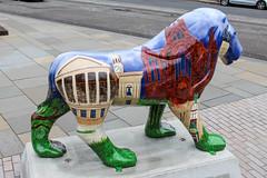 Pride of Paisley - Buddie the Builder (markyharky) Tags: pride paisley prideofpaisley lions lion sculpture lionsculpture prideofpaisleywildinart colourful artistic statue prideofpaisleycouk buddie builder buddiethebuilder landmark architecture uws universityofthewestofscotland highstreet
