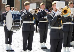 Concerting military musicians (bokage) Tags: sweden stockholm bokage oldtown gamlastan changeofguard military parade musician vaktparaden