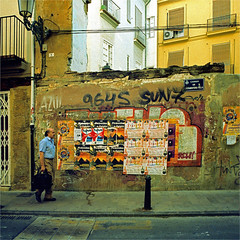 valencia (thomasw.) Tags: valencia spain spanien espana europe europa travel analog cross crossed street 120 mamiya mf