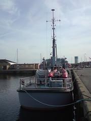 Patrouillenboot MHV 903 HJORT im Hafen von Nex (Bornholm, DK) (zeesenboot) Tags: denmark marine ship dnemark danmark schiff warship bornholm dania nex homeguard mhv nexo kriegsschiff shipspotting patrolboat nex patrouilleur hjemmevrnet marinehjemmevrnet patrolcraft hemvrnet patrolvessel nexoe patrouillenboot patrullbt hjort navalhomeguard hjort mhv903 hjortoe hjorto marinehomeguard marineheimwehr heimwehr