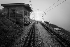 Train I (dbx300) Tags: dan de switzerland nikon suisse rocher naye montreux d700 berilloux