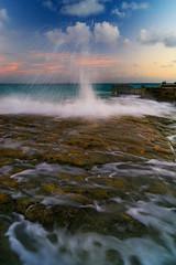 wave show (Donald L.) Tags: ocean sea rock mexico waves cancun caribbean rockformation donaldluo