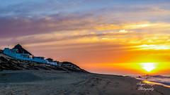 Amanecer (Miguel Prud'Homme) Tags: beach mexico playa amanecer shipwreck loscabos