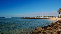 Westward (jcc55883) Tags: ocean sky hawaii nikon oahu horizon pacificocean alamoana yabbadabbadoo d40 nikond40 dukekahanamokubeach