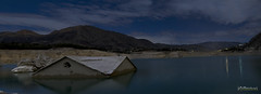 La casa del pantà ( alfanhuí) Tags: house casa nightshot dam pantano reservoir nocturna presa nocturn villajoyosa pantà lavilajoiosa noctambula orxeta