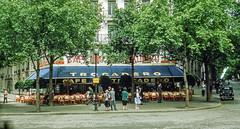 Paris in 1952 (Snap Man) Tags: paris france restaurant cafe 1950s kodachrome 1952 byedkanouse 16tharrondissement