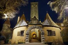 Burgtor (mattrkeyworth) Tags: tower night zeiss germany deutschland gate nacht medieval tor turm nuit rothenburgobdertauber burgtor romanticroad nightset mattrkeyworth sonya7r ilce7r variotessartfe41635 sel1635z