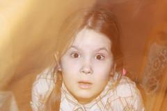 ....boo! (anka.anka28) Tags: girl kids kid lila liliana dziewczynka dziecko lilka
