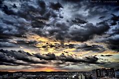 Sabadell, 26 febrer 2015, 18:32 (2) (Perikolo) Tags: sunset sun sol clouds atardecer o nubes puesta posta nvols sabadell capvespre