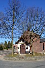 Kapel van de Spikboom, Brustem (Erf-goed.be) Tags: geotagged limburg sinttruiden kapel brustem archeonet geo:lat=508071 kapelvandespikboom geo:lon=52237 spikboomkapel
