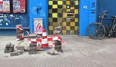 Amsterdam (Elisa1880) Tags: city blue red white black netherlands amsterdam yellow blauw nederland geel rood zwart wit stad kraakpand kleuren ruitjes