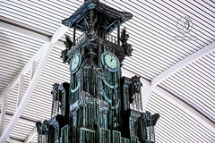 A clock tower sits in the Denpasar International Airport. (wrightontheroad) Tags: clocktower denpasarairport ngurahraiinternationalairport ngurahraiairport statue denpasar bali indonesia