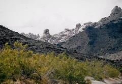 Nevada Pure (Shot by Newman) Tags: mountain rockformations brush nevada southwest shotbynewman 35mm daylight fujifilm fuji400 nature