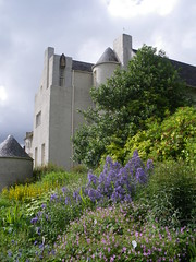 Hill House - Charles Rennie Mackintosh - July 2016 (Tishbriz) Tags: hillhouse helensburgh charlesrenniemackintosh scotland architcture