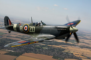 Spitfire IXb MH434 G-ASJV - The Old Flying Machine Company Duxford