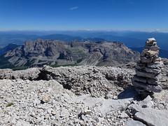 Dolomiti di Brenta (Fransiska.Ska) Tags: landscape mountainridge rockformation dolomitidelbrenta dolomiti hill mountainside outdoor sky clouds blue trekking viaferrata