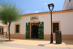 Ceramic shop in San Francesc (SimonFewkes) Tags: ibiza eivissa balearicislands islasbaleares santaeularia santaeulalia daltvila holiday travel balearics