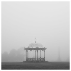 233/366 Through the Fog (Sarah*Rose) Tags: aberdeen fog haar mist duthie park subtle