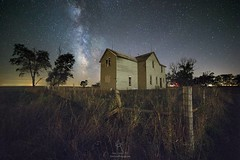 """""""Fenced In"""" (HomeGroenPhotography) Tags: instagramapp uploaded:by=instagram milkyway cosmos galaxy astrophotography aarongroen abandonedhouse fence milkywayscape milkywaystars nightscape nightphotography"""