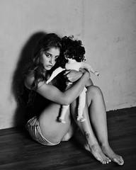 Guenuche (heikole-art.net) Tags: shadow portrait blackandwhite bw woman berlin eye girl beautiful beauty female canon studio deutschland eos doll emotion fear porträt frau schatten auge mädchen puppe 2014 tjej porträtt snygg furcht weiblich schön svartvitt schwarzweis kvinna kvinnlig 5d2 guenuche heikole
