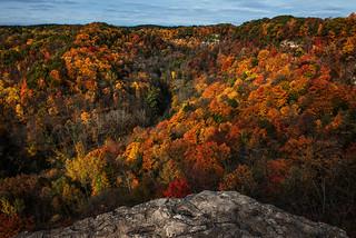 Autumn colours at Dundas Peak