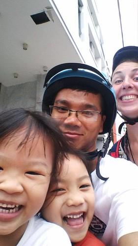 A quatre sur le scooter, Ho Chi Minh, Vietnam