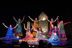 Dance Life Bollywood Troupe - Shimmy in the Grain 2014 (080314) (Drumdude Bill) Tags: beautiful bellydance madisonwisconsin nikond700 doumtekphotography nikkor70200mmf28giied dancelifebollywoodtroupe shimmyinthegrain2014