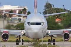 9V.B732.YV2937T.2014-11-26.TNCA-B737-2Y5.1u-r (320-ROC) Tags: aruba boeing 737 aua oranjestad boeing737 b732 737200 boeing737200 tnca arubaairport avior queenbeatrixinternationalairport aviorairlines 7372y5 aeropuertointernacionalreinabeatrix boeing7372y5 yv2937t